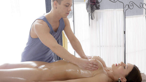 Tricky Masseur discount